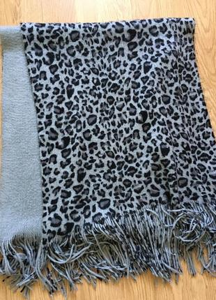 Актуальный леопардовый шарфик