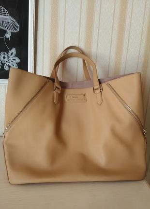 Вместительная сумка-шоппер (акция до 10 декабря : + сумка от tommy hilfiger = 1000грн.)
