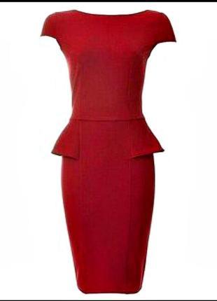 Красное платье , с баской ,миди