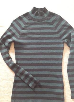 Мягкий свитер с горлом с-м
