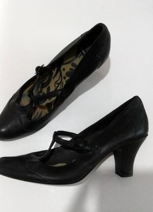Классные кожаные туфли vagabond