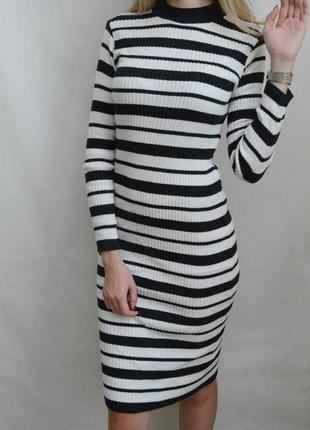 Базовое платье миди с длинным рукавом в рубчик