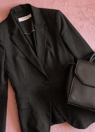 Классический прямой пиджак / жакет