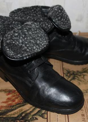 Шикарные фирменные кожаные зимние ботинки с отворотом rieker (германия), р.41