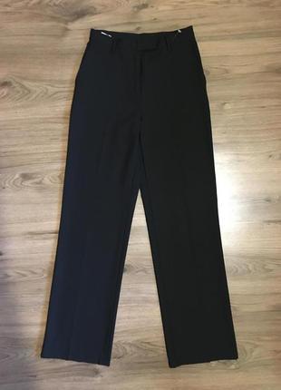 Тонкие классические брюки,42%шерсть!