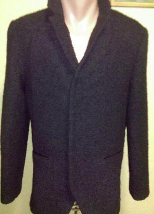 Стильный шерстяной пиджак жакет на змейке