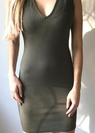 Стильное платье мини в рубчик missguided