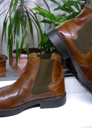 """Мягкие и очень прочные ботинки-челси """"next""""!!! англия!! 44 р."""
