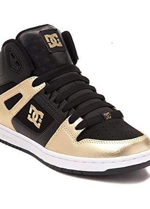 Кожаные dc shoes кроссовки р. 42-43 ст. 28 см. золотые