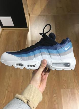 Чоловічі кросівки nike air max 95 essential 749766-026