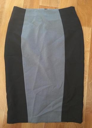 Юбка карандаш на подкладке.