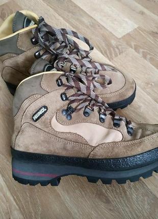 Шикарні черевики meindl ботинки підошва vibram3