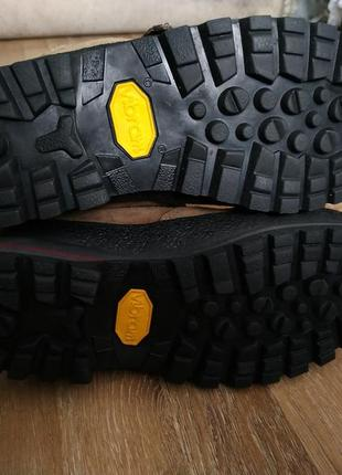 Шикарні черевики meindl ботинки підошва vibram5