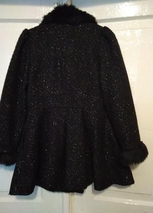 Пальто на дівчинку 7-8 років2