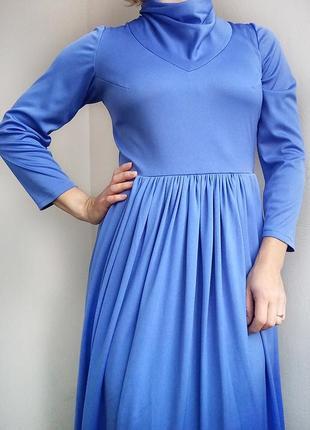 Красивое платье в пол, длинное платье, платье макси, макси длина
