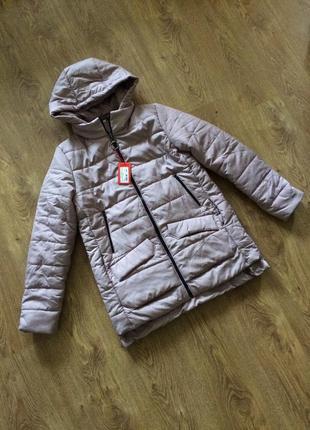 Новая женская теплая куртка на синтепоне