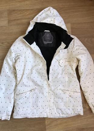 Женская куртка core