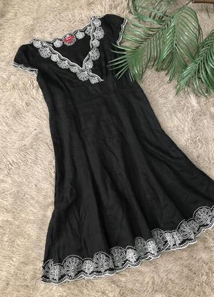 Шикарное платье вышиванка от monsoon 100% лён