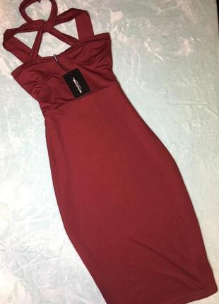 Платье миди цвет бордо prettylittlething