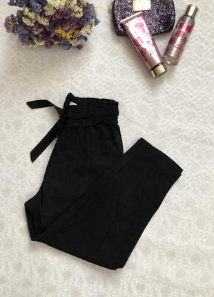Zara черные брюки штаны высокая посадка xs - размер. укороченные
