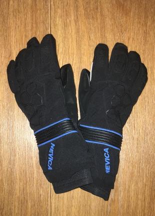 Термо перчатки, лыжные перчатки  nevica, будут на 12-14 лет. не ношены