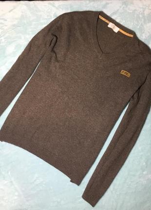 Теплый свитер с v-вырезом италия