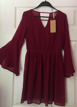Платье бургунди новое!!