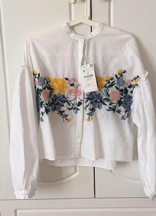 Укороченая рубашка zara с вышивкой