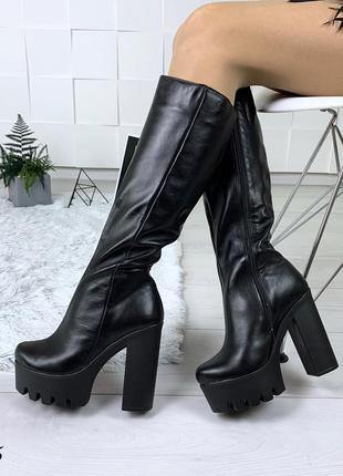 Шикарные сапоги на высоком каблуке из натуральной кожи. размеры с 36 по 40