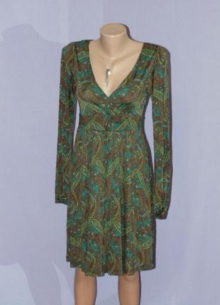 Шикарное платье в актуальную расцветку/6 размера