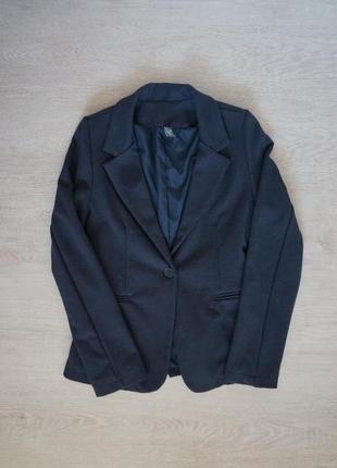 Продаю трендовый  детский трикотажный  пиджак от zara