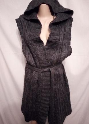 Теплый жилет, жилетка с капюшоном, в составе 50% шерсть