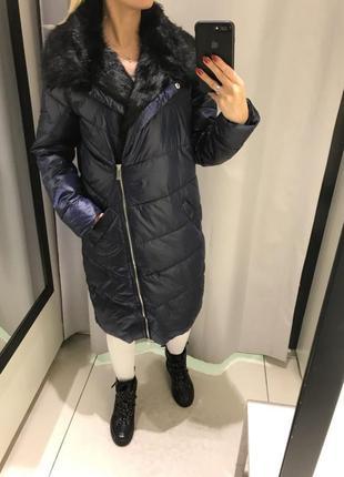 Синее пальто на синтепоне удлмнённая тёплая куртка. reserved. размеры разные.