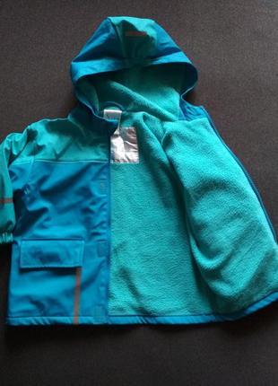 Утепленная курточка. куртка для дождя. дождевик. непромокайка