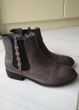Черевички, боти, осінні черевики, сапожки, ботинки