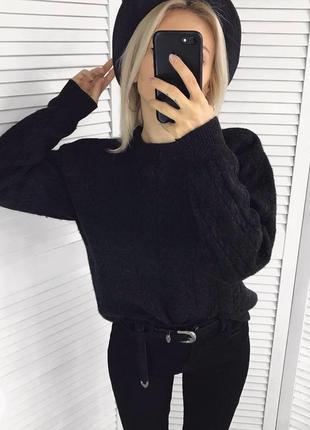 Шикарний шерстяний светрик в коси