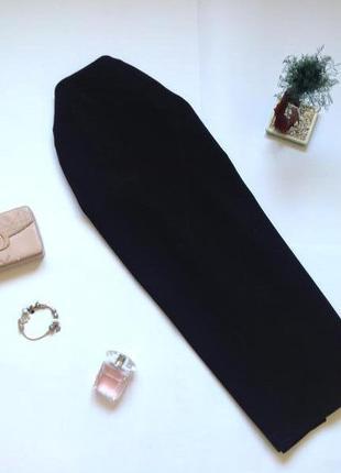 Черная классическая юбка миди