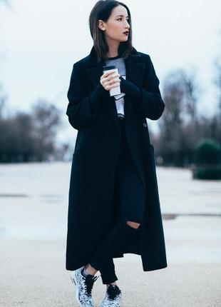 Длинное актуальное пальто
