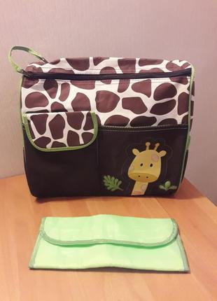 Вместительная и большая сумка для мамы на коляску с пеленальным ковриком