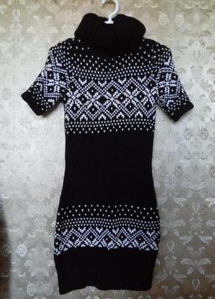 Теплое вязаное черное платье-туника c&a