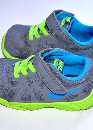 Nike  кроссовки   22-й, 13 см. по стельке