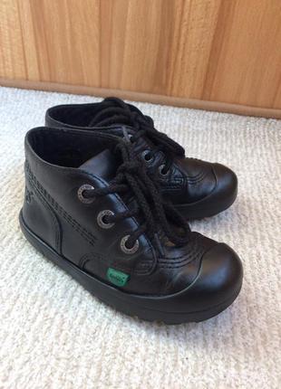 Kickers шкіряні черевички, 27 розмір