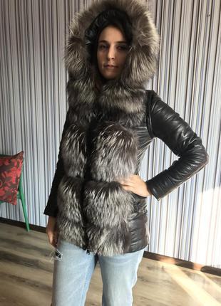Кожаная куртка-трансформер с натуральным мехом чернобурки