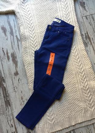 Нові джинси denim co