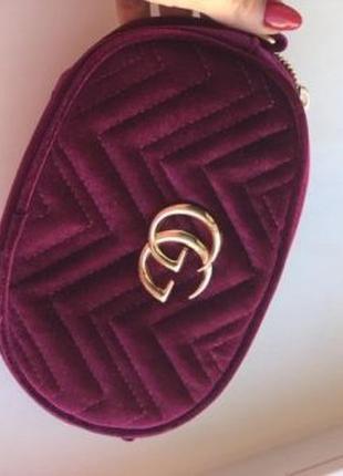 Бананка /сумка через плечо / сумка на пояс ( в бархате ) фиолетовая