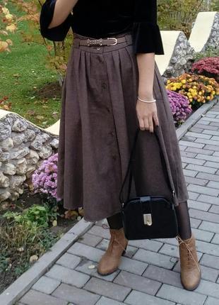 Шикарна юбка міді пишна із гудзиками