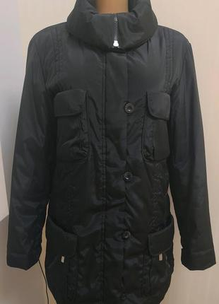 Фирменная куртка женская в идеальном состоянии 50 р