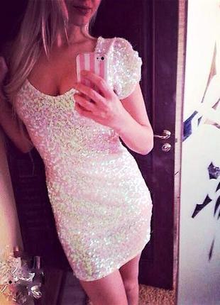 Платье расшитое пайетками!
