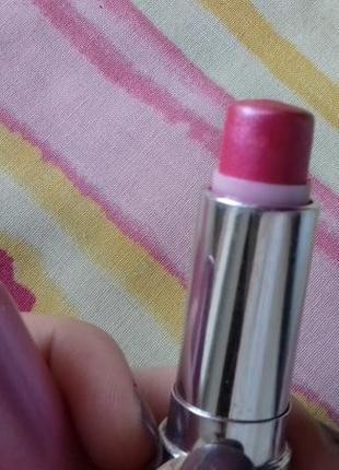Яркая розовая малиновая плотная кремовая помада некст next