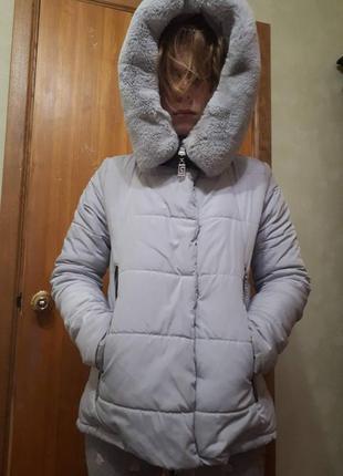 Куртка зимняя на холлофайбере 44 разм